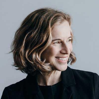 Lisa Strausfeld